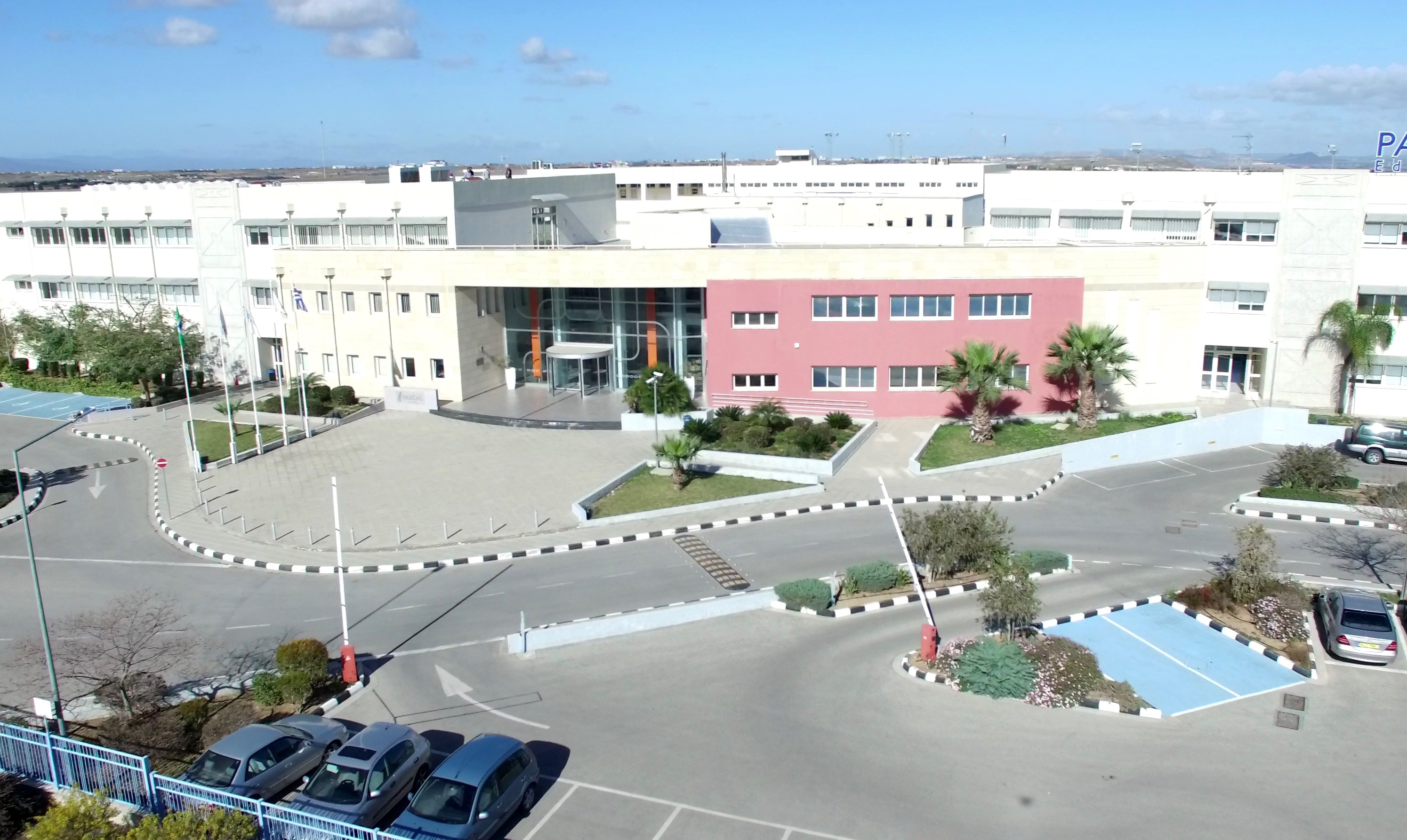 Школы на кипре отзывы аквапарк лагуна дубай отзывы