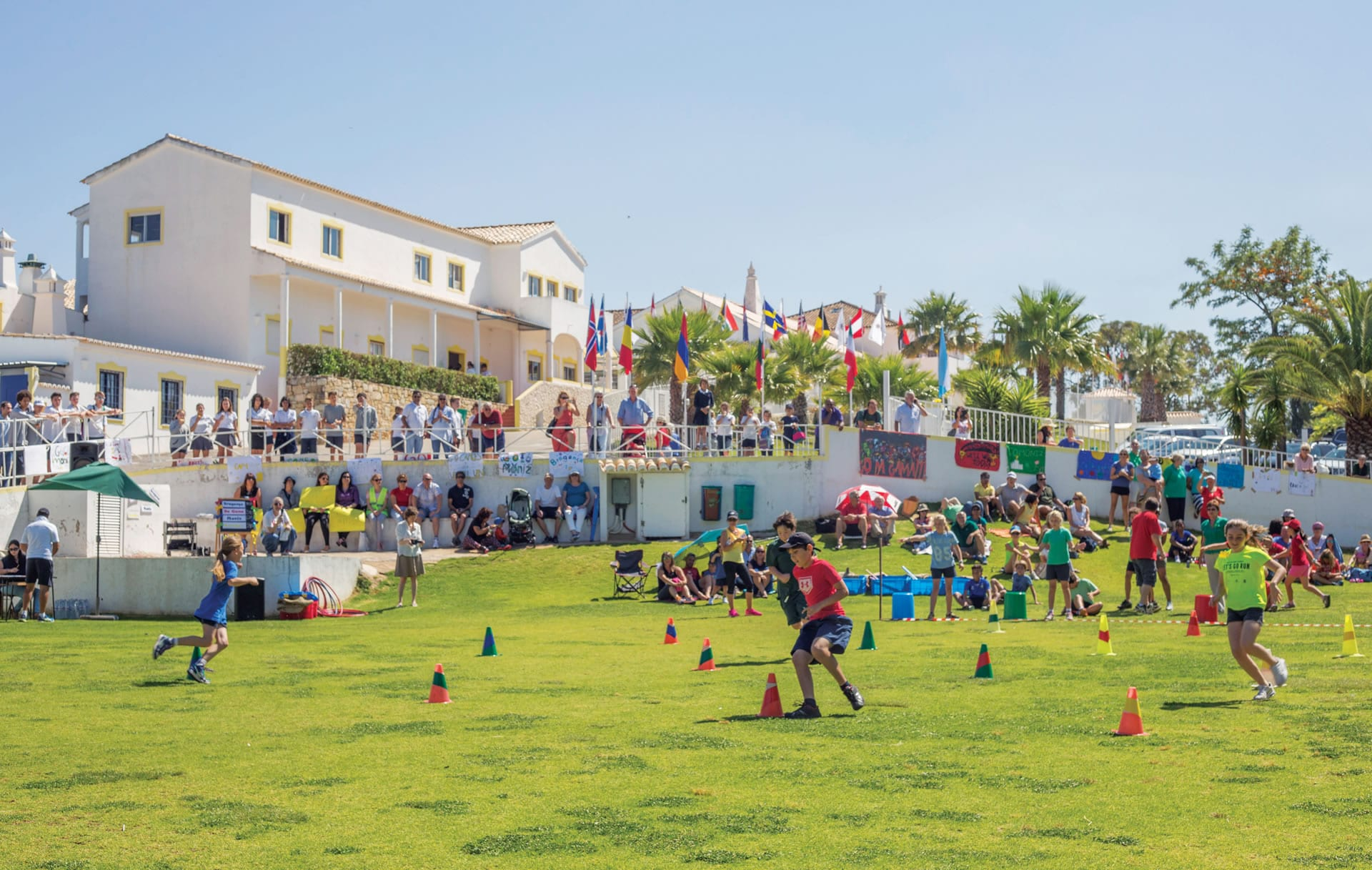 Миниатюра Nobel International School of the Algarve Школа International School of Algarve 2