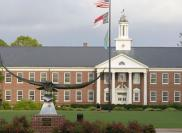 Учебное заведение University of North Carolina Wilmington (UNCW) Университет Северная Каролина Уилмингтон